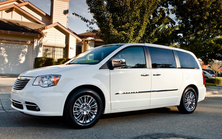 2011 chrysler town country limited editor 39 s notebook automobile magazine. Black Bedroom Furniture Sets. Home Design Ideas