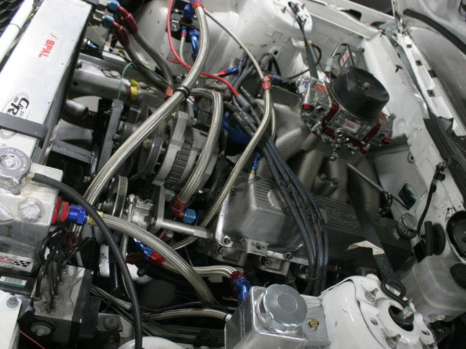 Nascar Mustang Engine