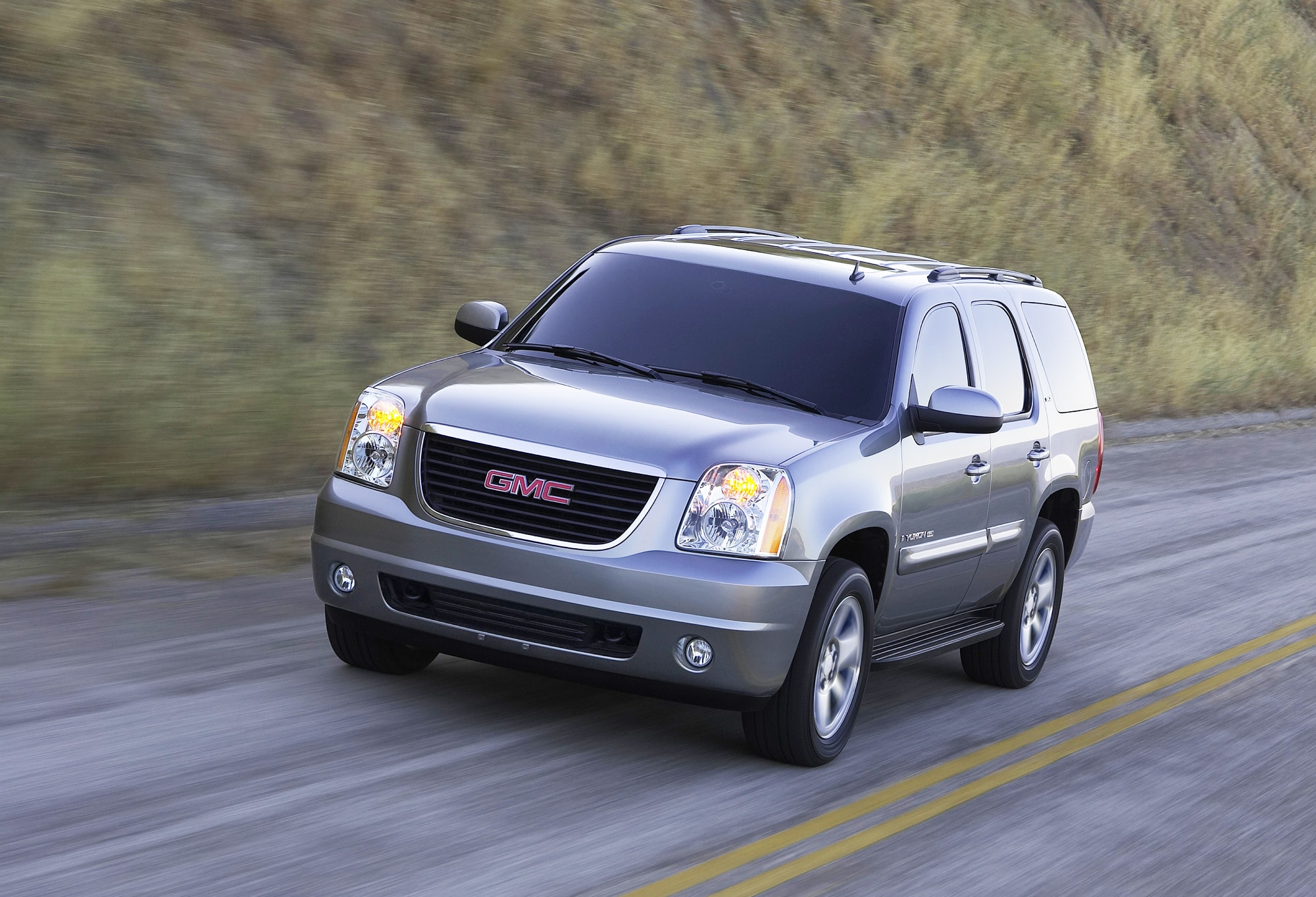 2009 gmc yukon denali hybrid 2009 new york auto show coverage new car reviews concept cars. Black Bedroom Furniture Sets. Home Design Ideas