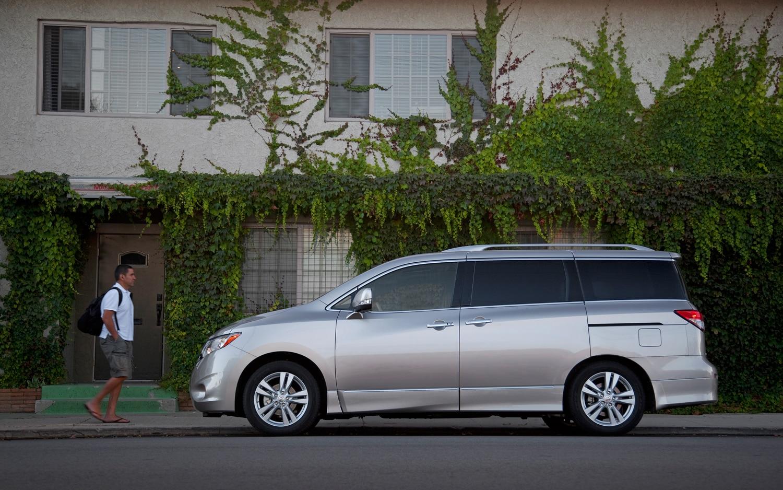 2011 nissan quest first drive automobile magazine 2011 nissan quest le vanachro Choice Image