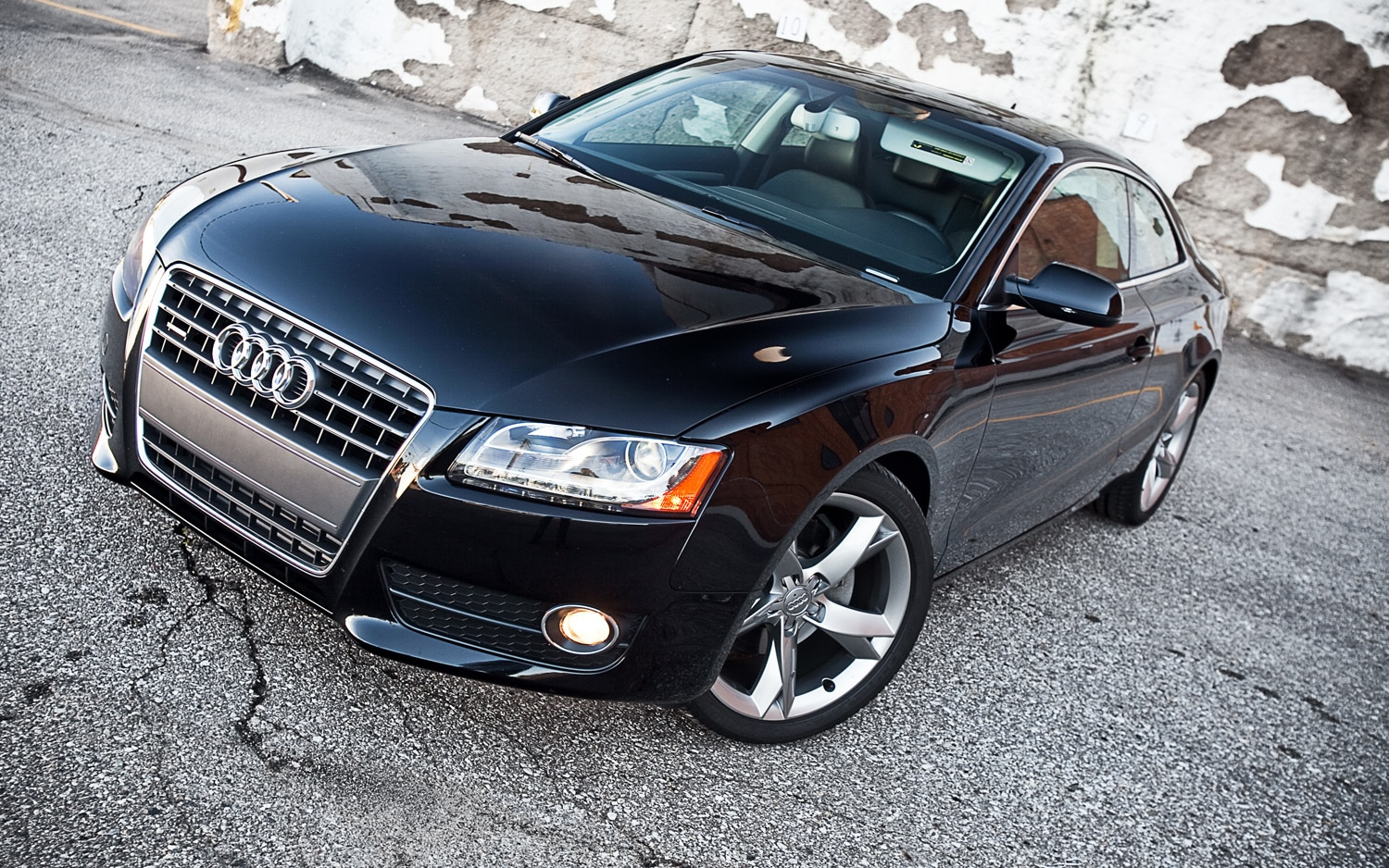 2011 audi a5 2 0 tfsi quattro coupe editors 39 notebook. Black Bedroom Furniture Sets. Home Design Ideas