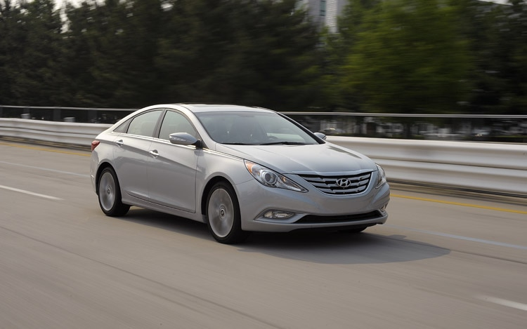 recall central 2011 hyundai sonata recalled for steering issues. Black Bedroom Furniture Sets. Home Design Ideas