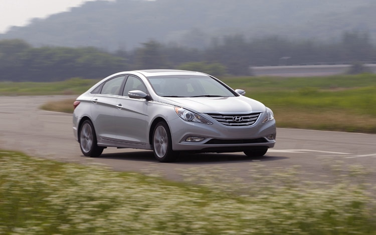 2011 hyundai sonata 2 0t first drive automobile magazine. Black Bedroom Furniture Sets. Home Design Ideas
