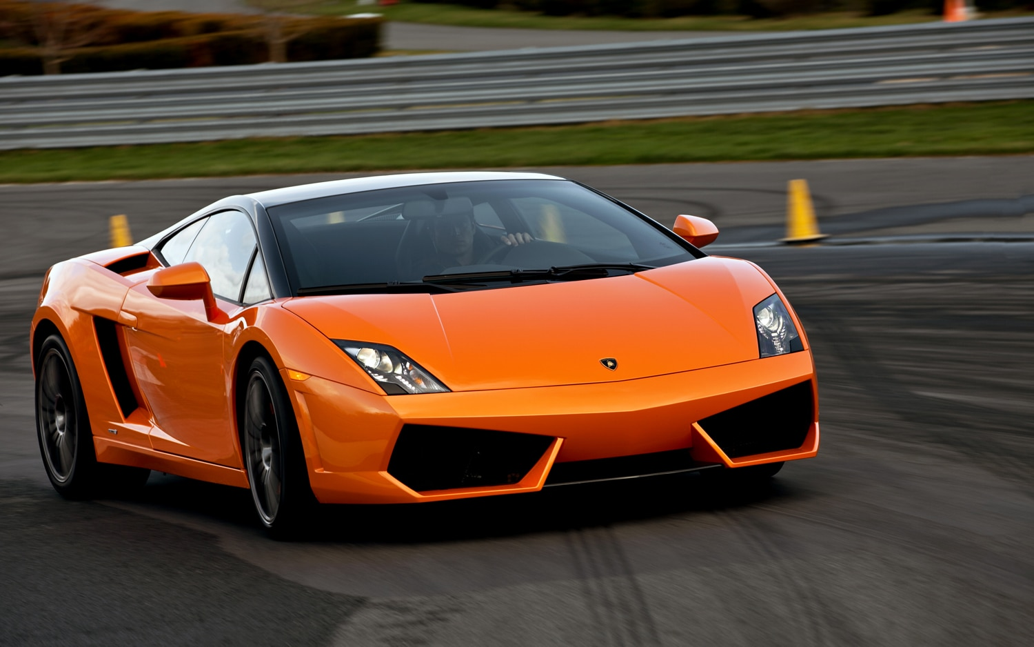lamborghini announces pricing for 2012 aventador gallardo range. Black Bedroom Furniture Sets. Home Design Ideas