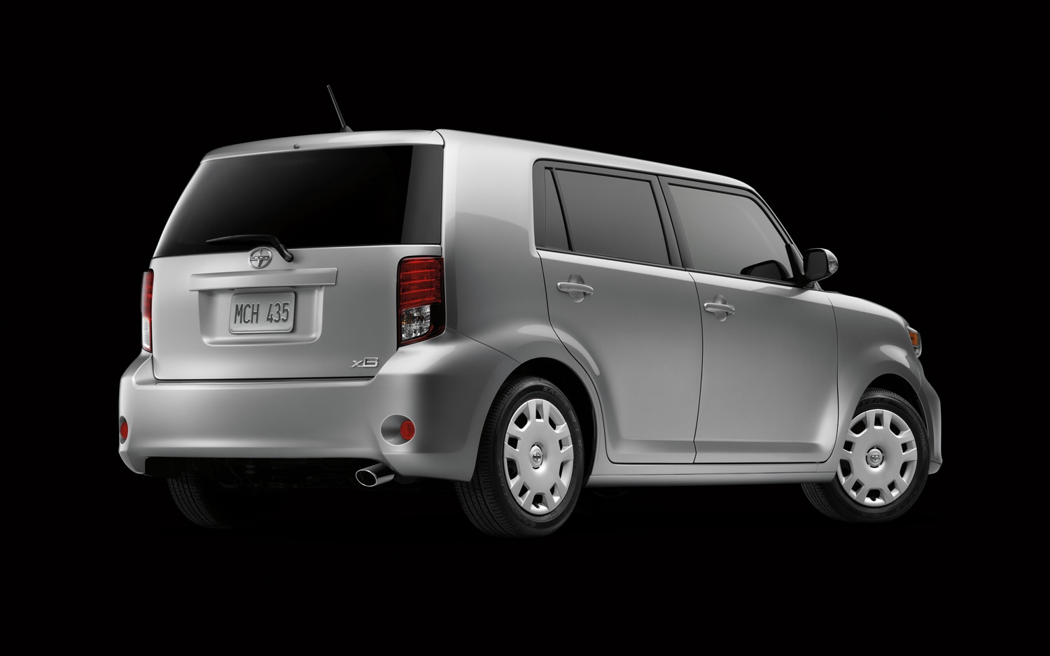 toyota moves 2011 scion iq launch to summer. Black Bedroom Furniture Sets. Home Design Ideas