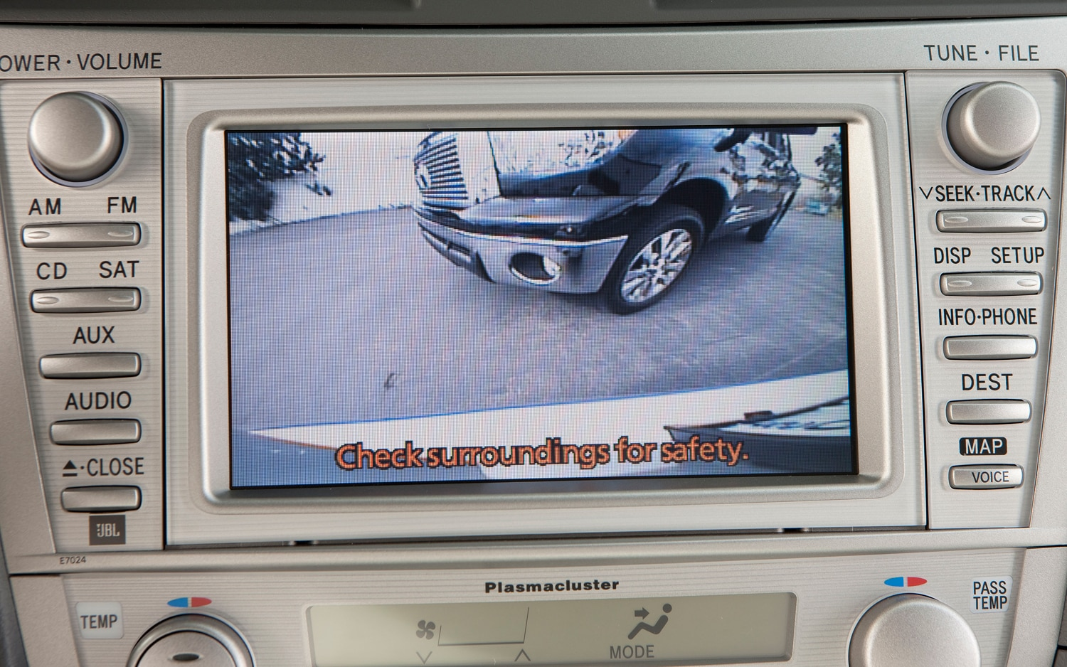 2011 toyota camry hybrid rear camera 2011 may prove the best year ever for ford's fusion  at reclaimingppi.co