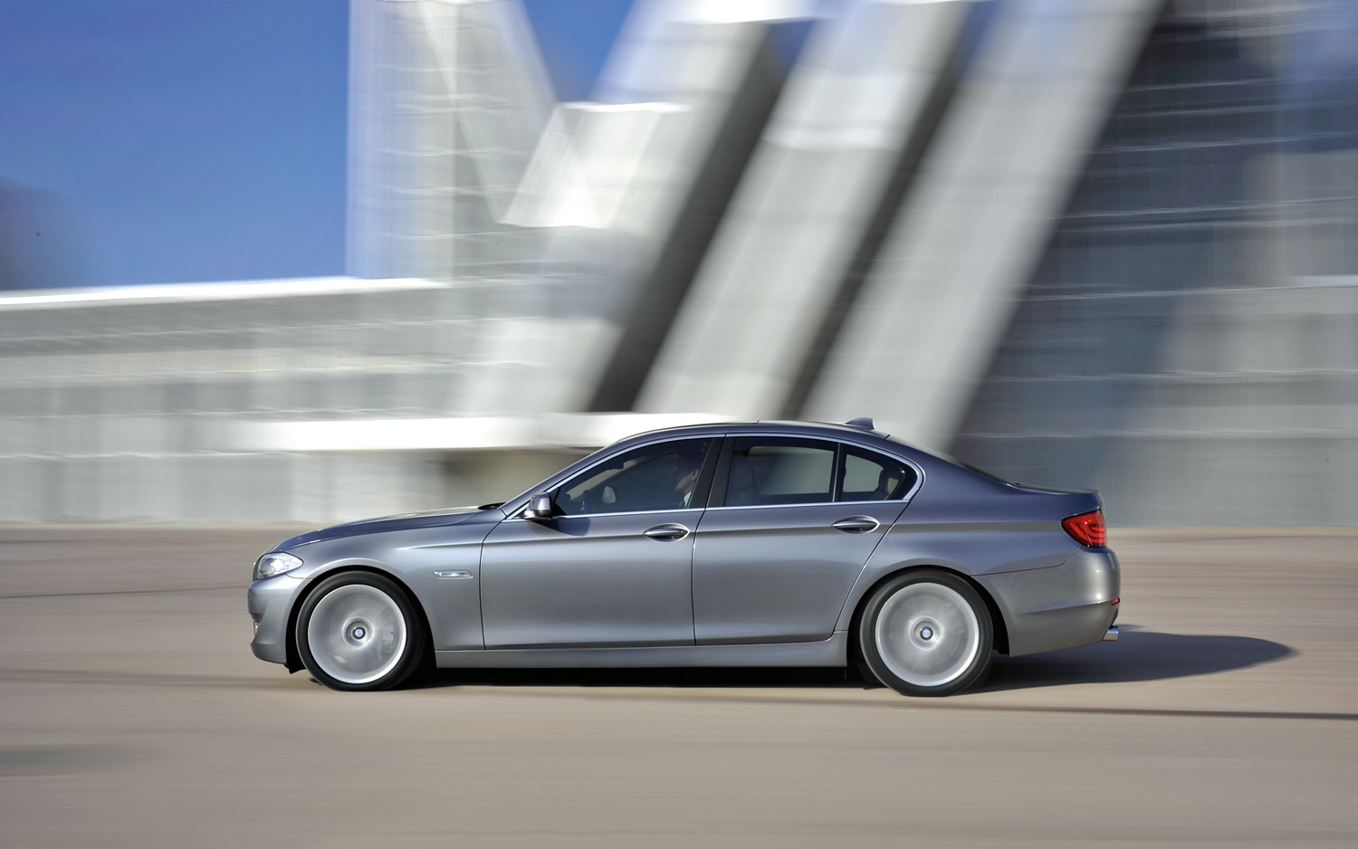 2013 Bmw 5 Series Gt Gains Stop Start More Power