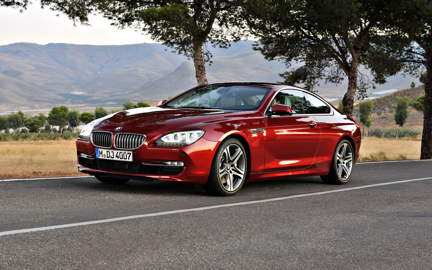 2012 bmw 650i coupe editors 39 notebook automobile magazine. Black Bedroom Furniture Sets. Home Design Ideas