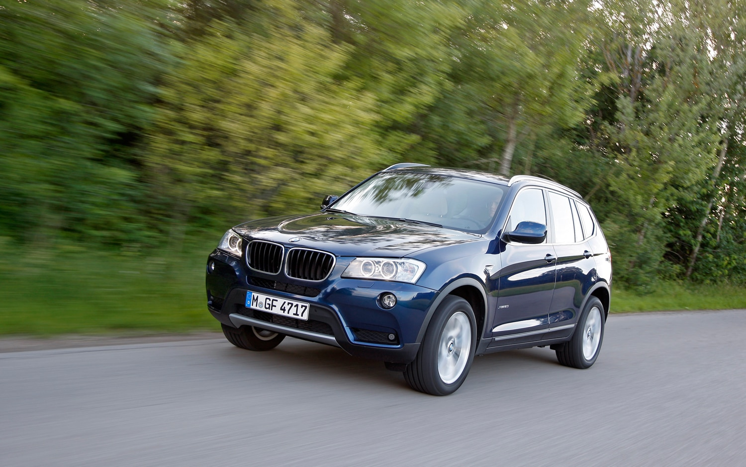 bmw x3 to get twinpower four cylinder x5 gets m sport package. Black Bedroom Furniture Sets. Home Design Ideas