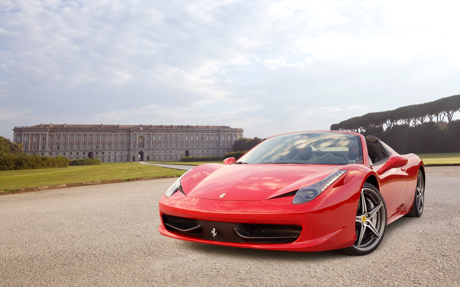 report marchionne to ramp up ferrari production. Black Bedroom Furniture Sets. Home Design Ideas