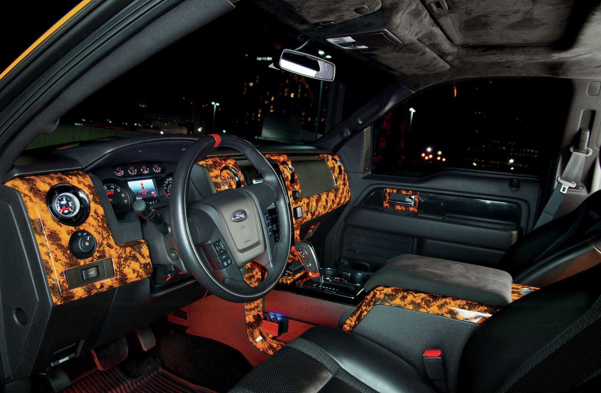 first look 2013 ford f 150 svt raptor and limited. Black Bedroom Furniture Sets. Home Design Ideas