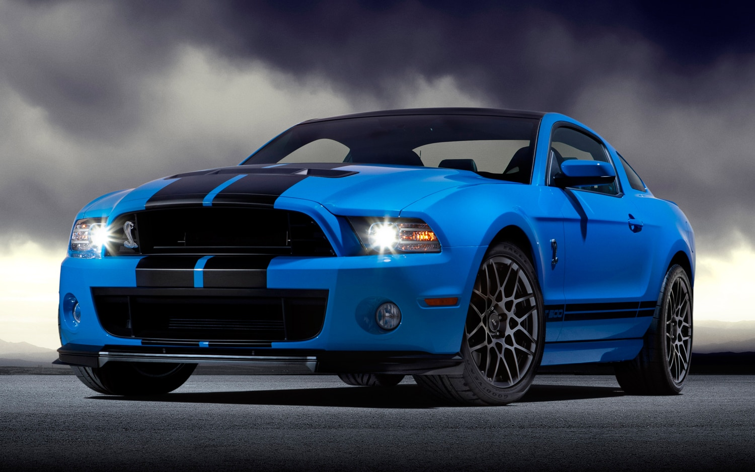 shelby 39 s new supercharger kit for 2007 2012 gt500 can add 300 hp. Black Bedroom Furniture Sets. Home Design Ideas