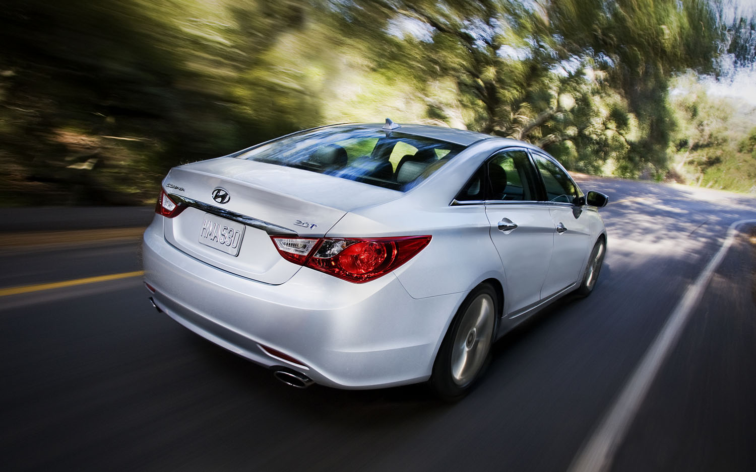 2012 hyundai sonata limited editors 39 notebook automobile magazine. Black Bedroom Furniture Sets. Home Design Ideas