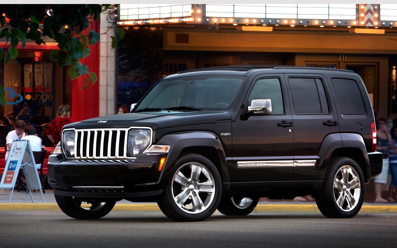 2012 jeep liberty driver side black