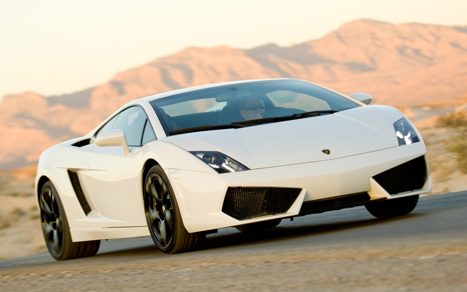 2012 Lamborghini Gallardo Lp560 4 Front Three Quarter