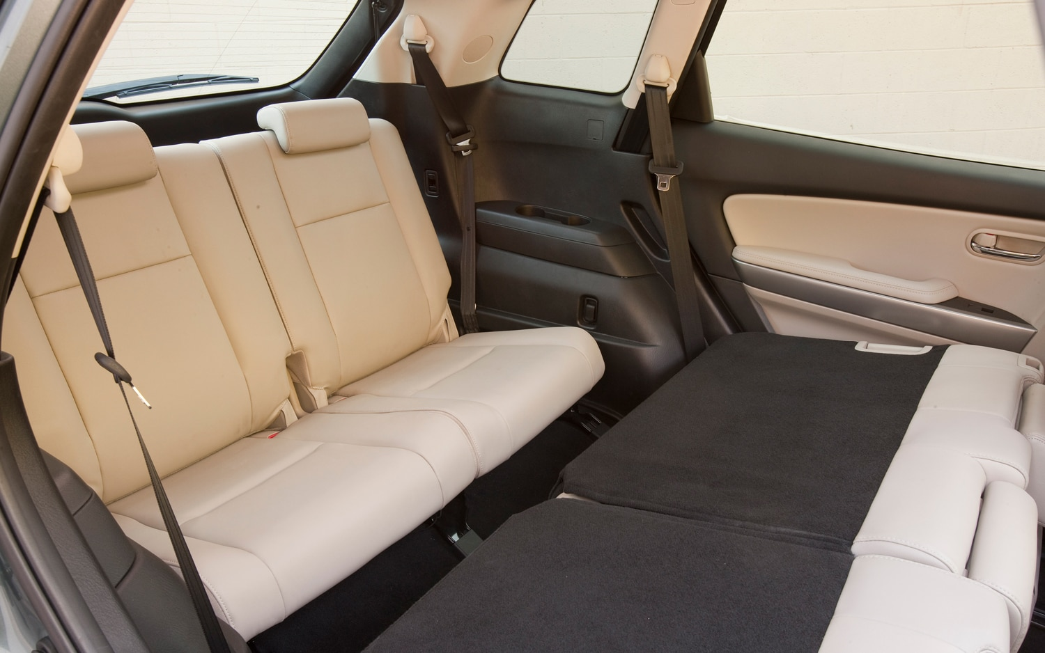 2012 mazda cx 9 gt awd editors 39 notebook automobile magazine. Black Bedroom Furniture Sets. Home Design Ideas