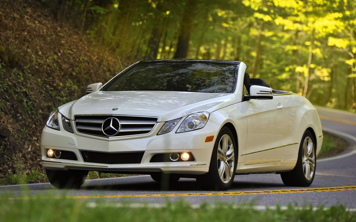 2012 mercedes benz e63 wagon editors 39 notebook for Mercedes benz 350 convertible