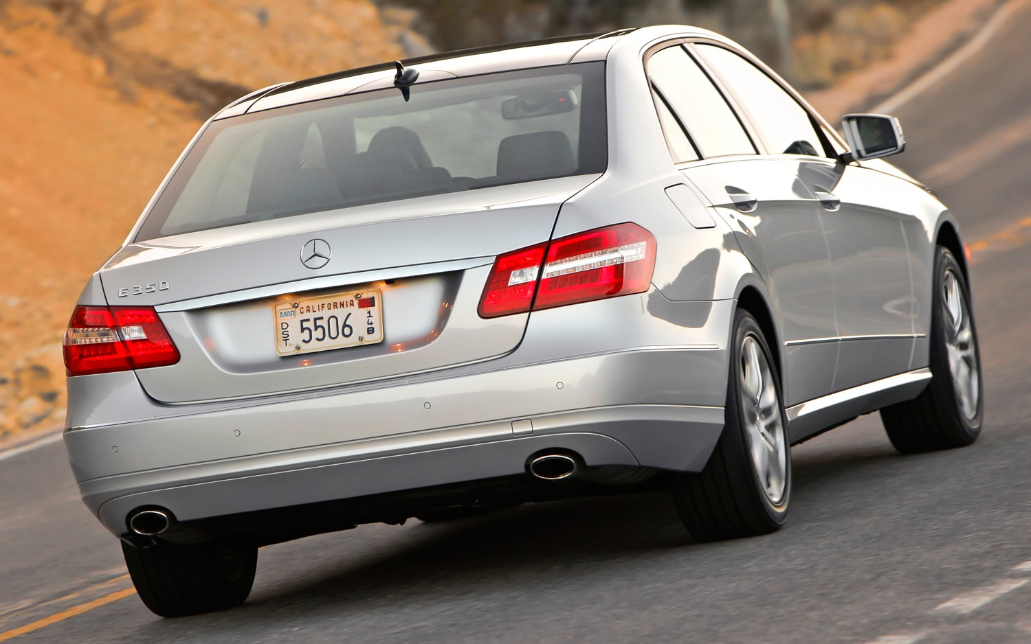 2012 mercedes benz e350 bluetec editors 39 notebook automobile magazine. Black Bedroom Furniture Sets. Home Design Ideas