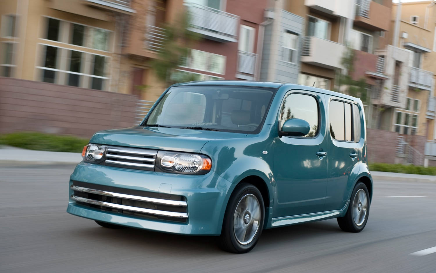 2010 nissan cube 2010 design of the year automobile magazine 2012 nissan cube 25228 vanachro Image collections