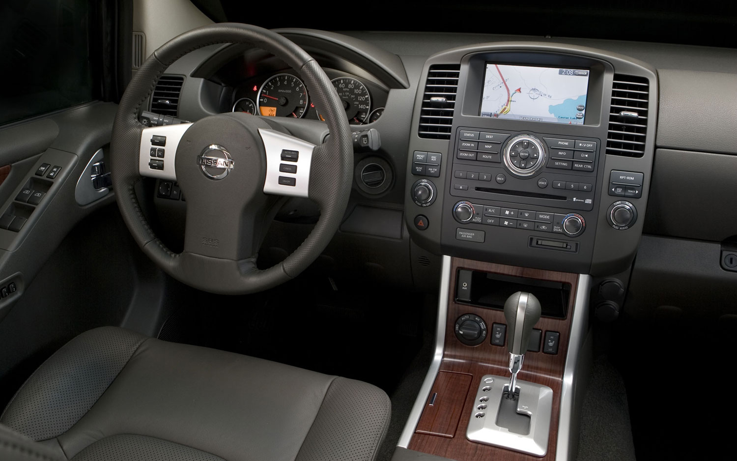 2013 nissan pathfinder interior revealed 2012 nissan pathfinder interior 2 vanachro Images