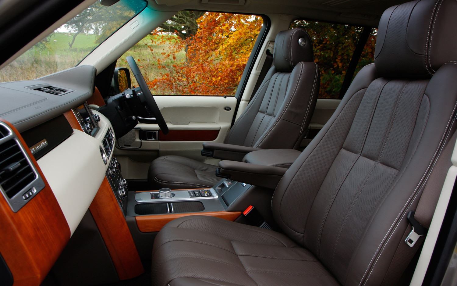 2012 land rover range rover supercharged automobile magazine - 2012 range rover interior pictures ...