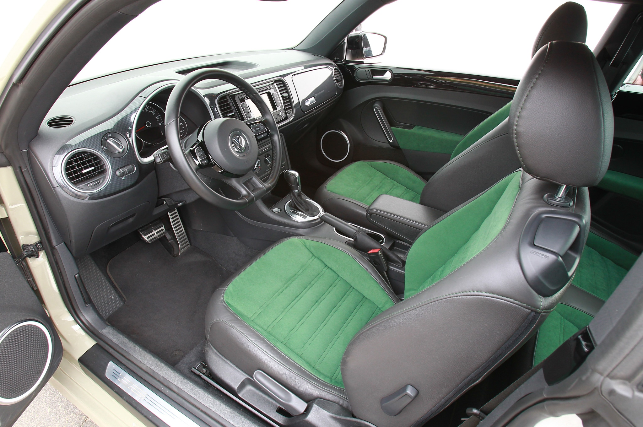 2012 volkswagen beetle turbo first drive automobile magazine. Black Bedroom Furniture Sets. Home Design Ideas