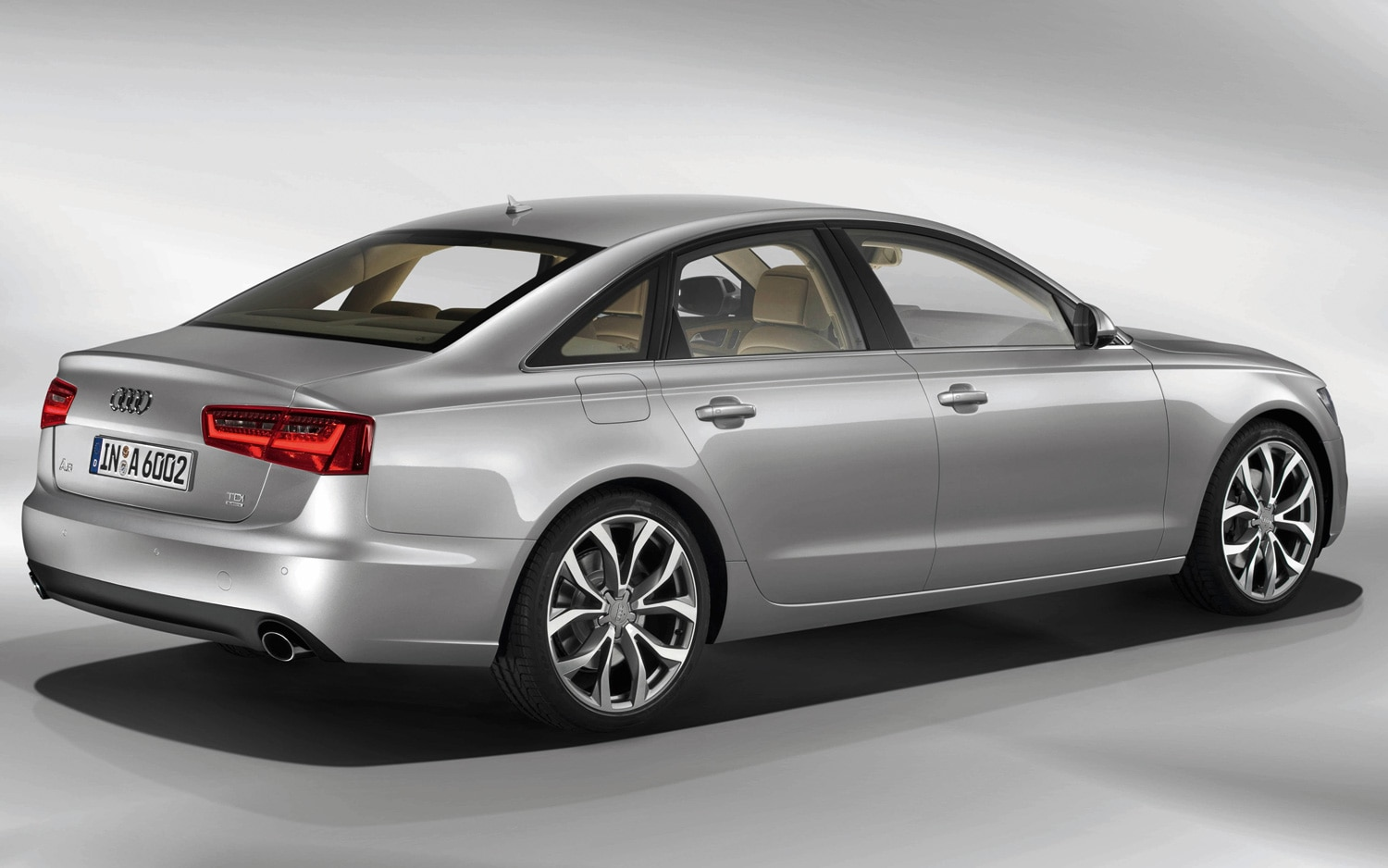 2012 audi a6 3 0 tfsi quattro editors 39 notebook. Black Bedroom Furniture Sets. Home Design Ideas