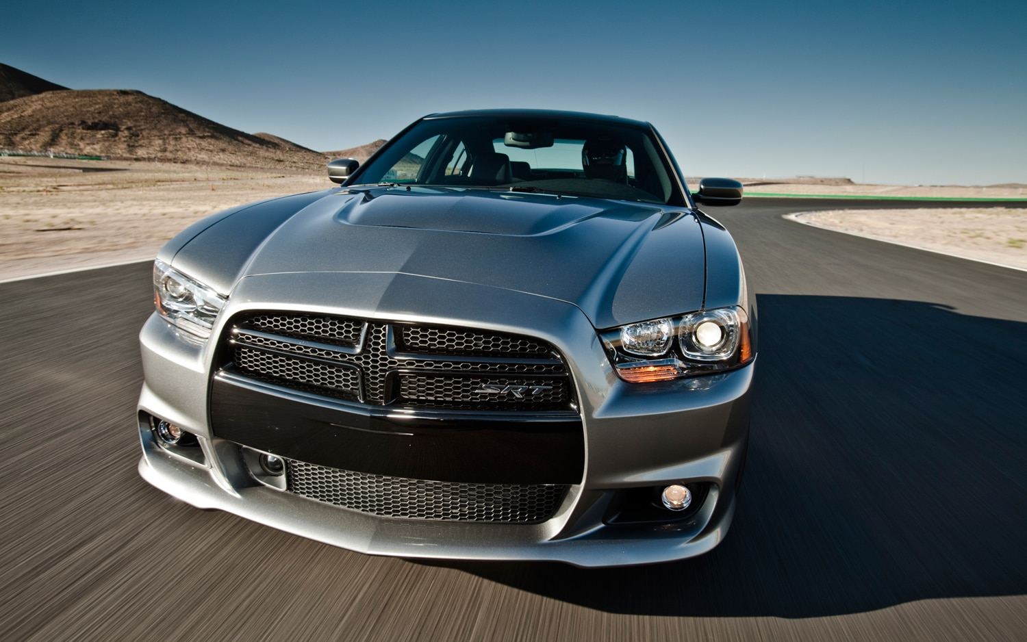 2012 dodge charger srt8 editors 39 notebook automobile magazine. Black Bedroom Furniture Sets. Home Design Ideas