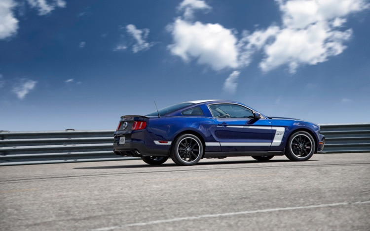 build your own boss ford now selling 2012 mustang boss 302 crate engine. Black Bedroom Furniture Sets. Home Design Ideas