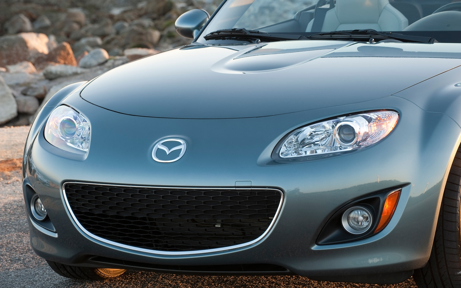 2012 mazda mx 5 miata special edition prht editors 39 notebook automobile magazine. Black Bedroom Furniture Sets. Home Design Ideas