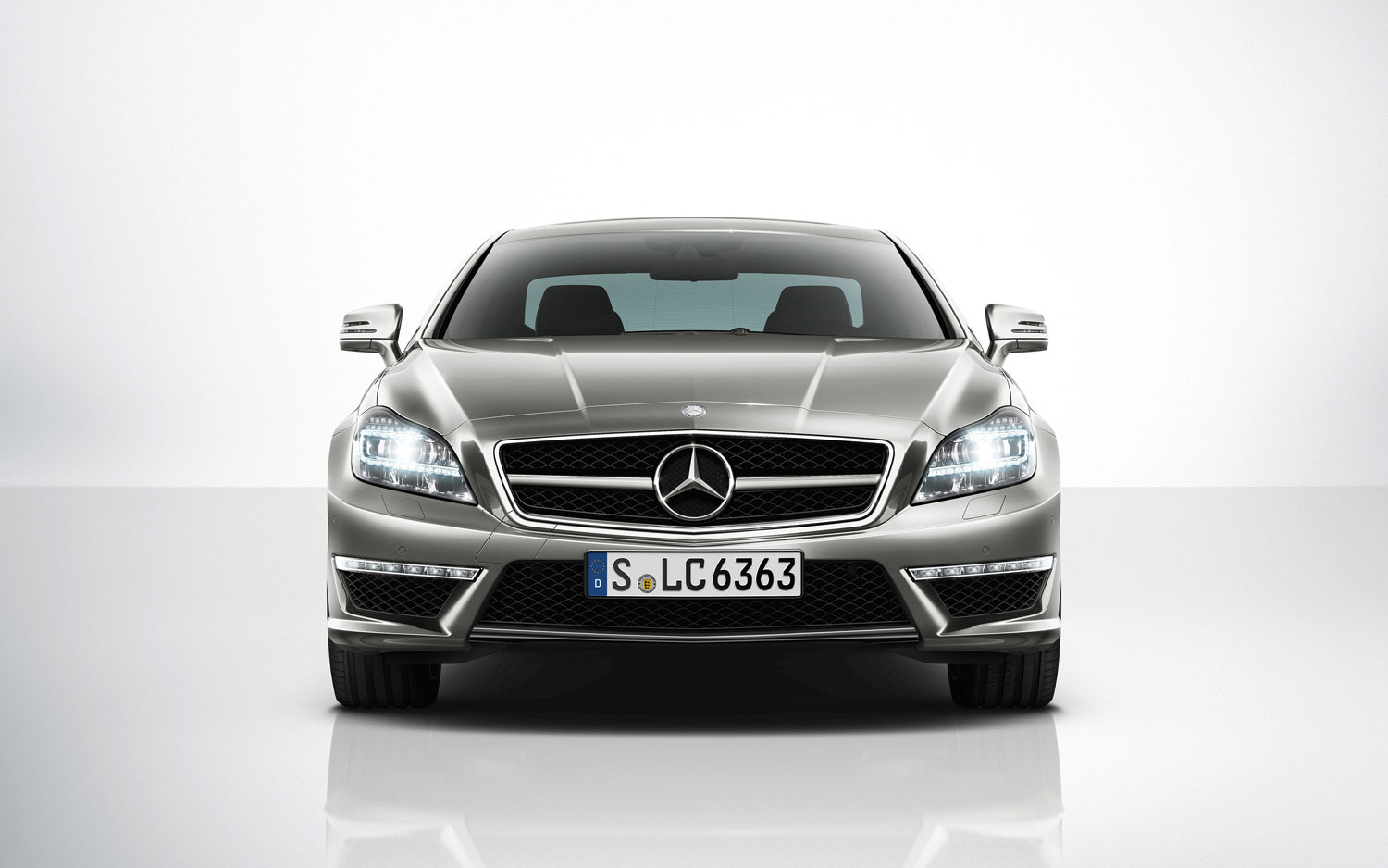 2012 mercedes benz cls550 first drive automobile magazine for Mercedes benz amg cls63