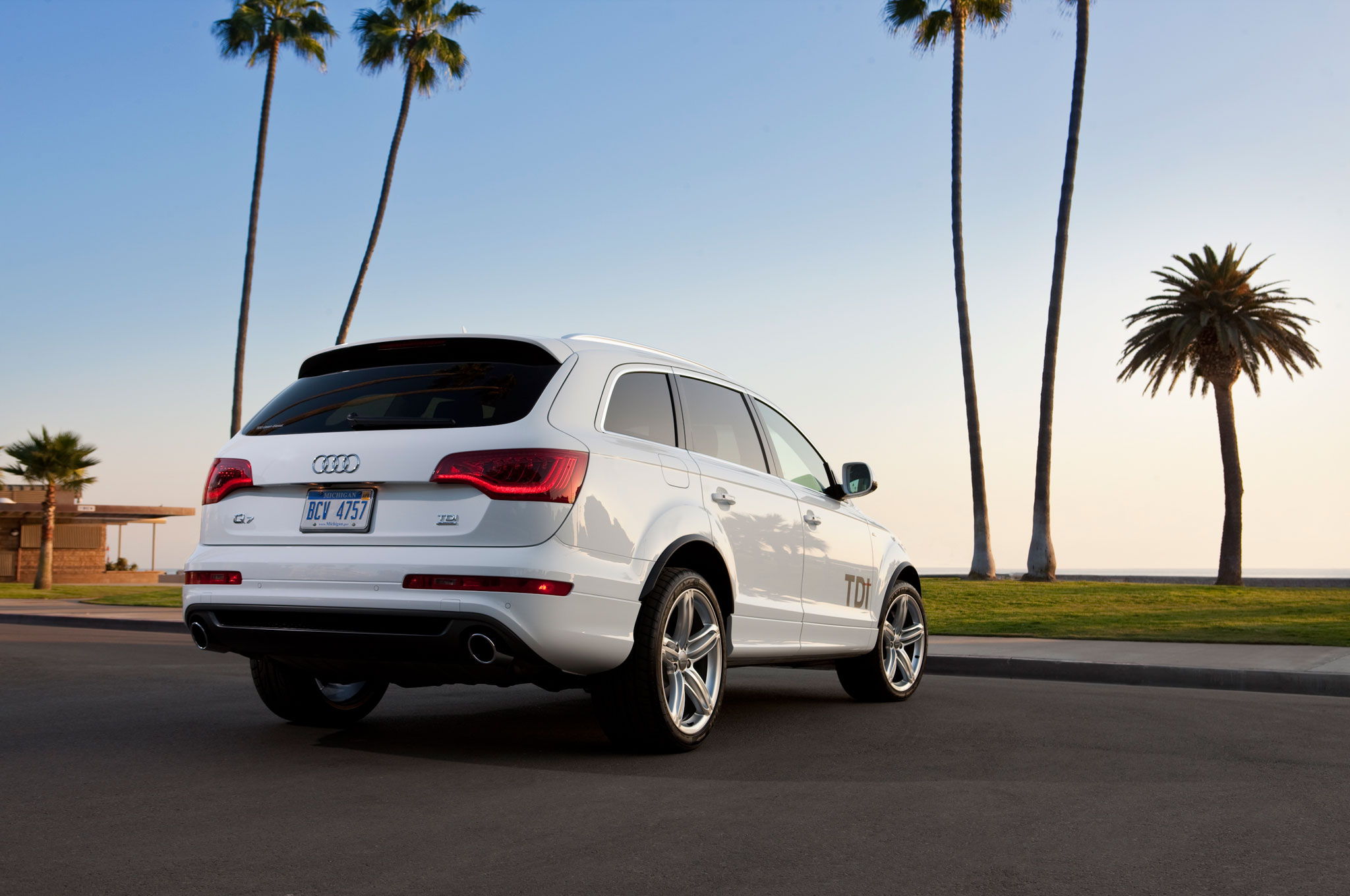 audi review car look and images the photo amazing pictures at