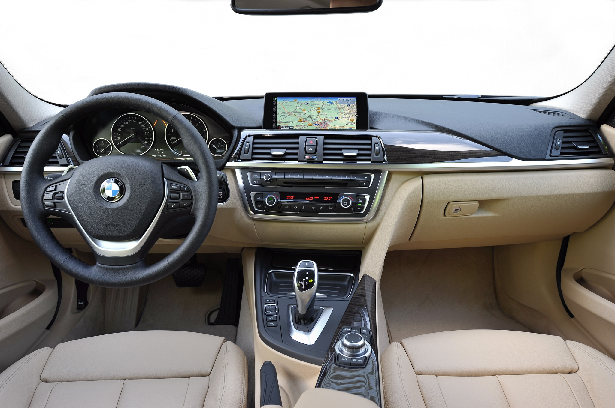 2013 bmw 320i interior male models picture - 2013 Bmw 3 Series Sports Wagon