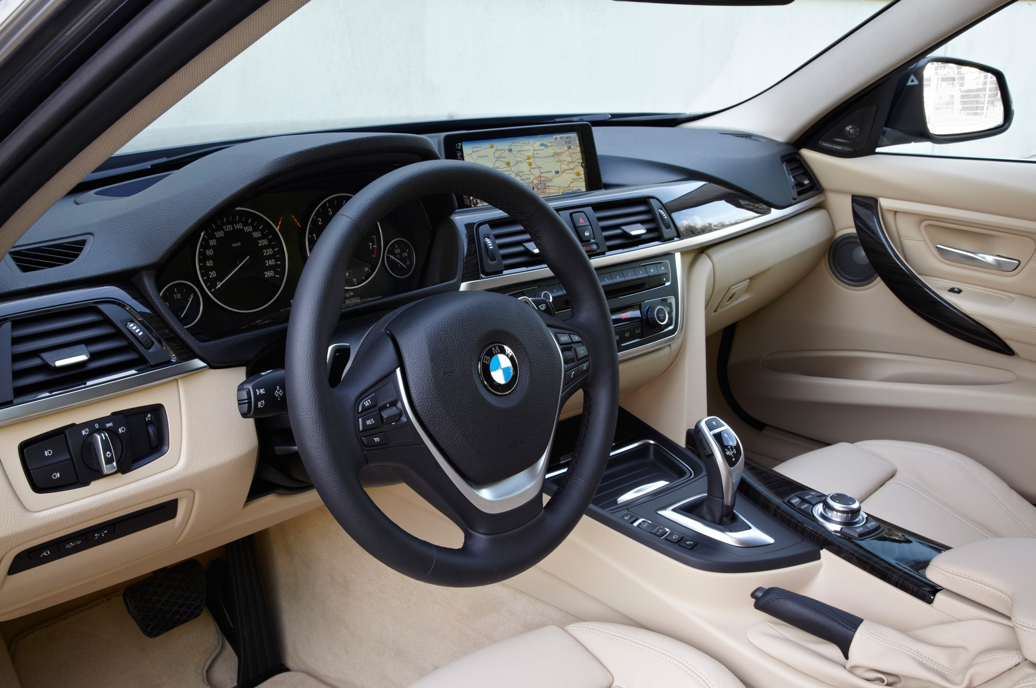 2013 bmw 320i interior male models picture - 2013 Bmw 3 Series Sports Wagon 11 250 2013 Bmw