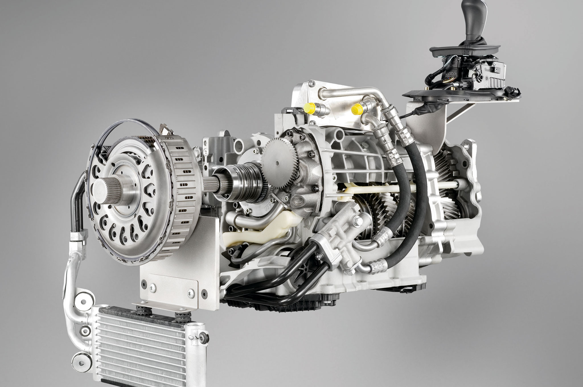 manual transmission Automated manual transmission (amt, also called freechoice) from magneti marelli is a electro-hydraulic mechanism for automating manual transmission which derives.
