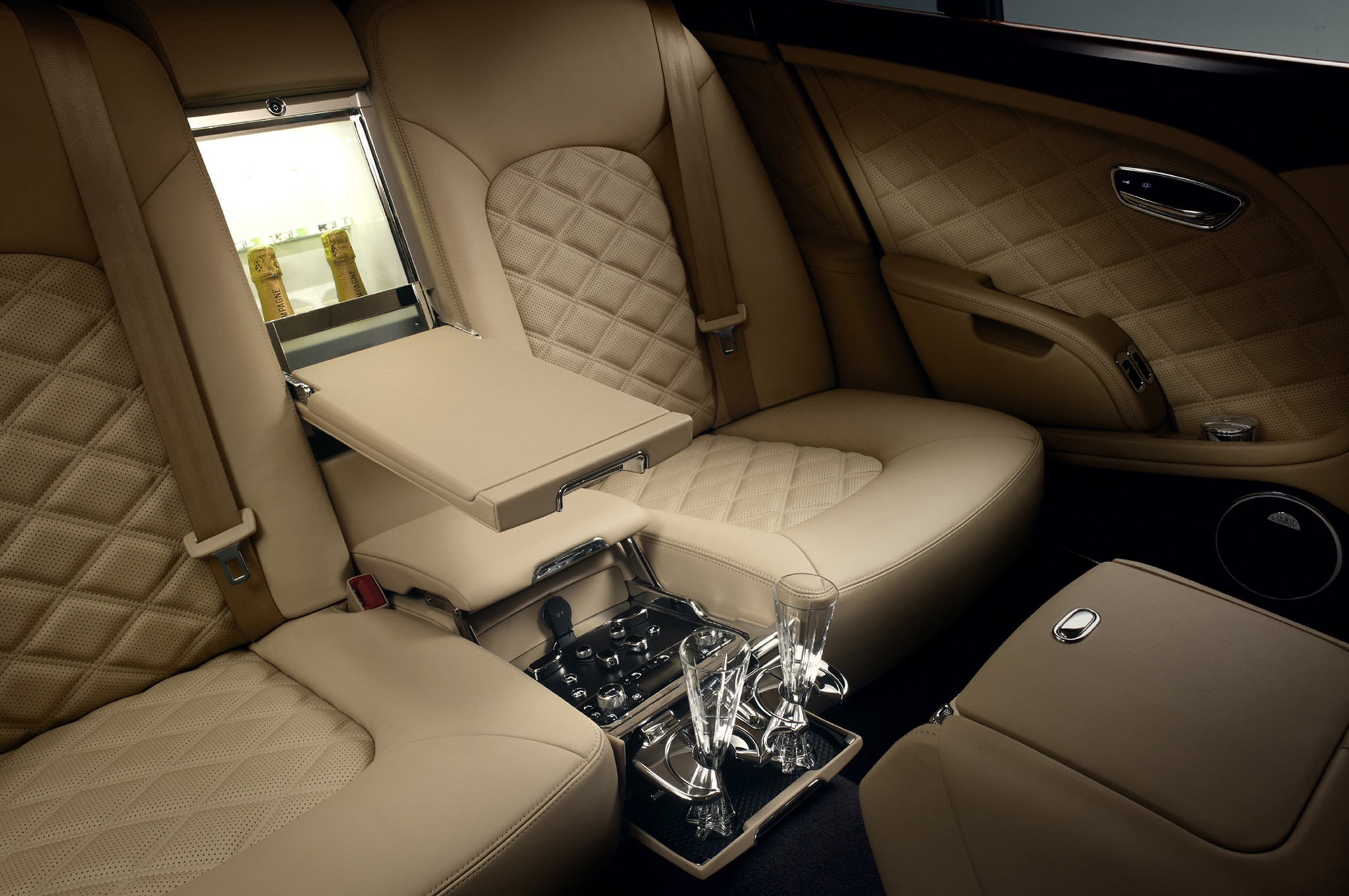 2013 bentley mulsanne executive images hd cars wallpaper 2014 bentley mulsanne adds pillows privacy curtains and wi fi 2013 bentley mulsanne 36106 vanachro images vanachro Images