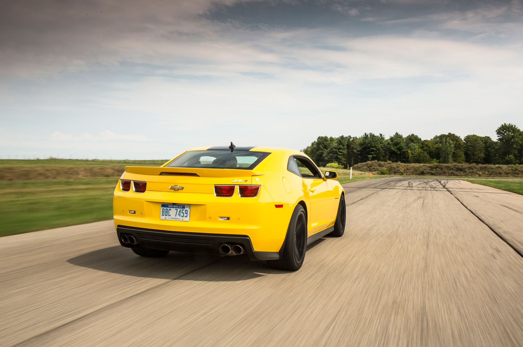 transformers 4 bumblebee becomes a 1967 chevrolet camaro. Cars Review. Best American Auto & Cars Review