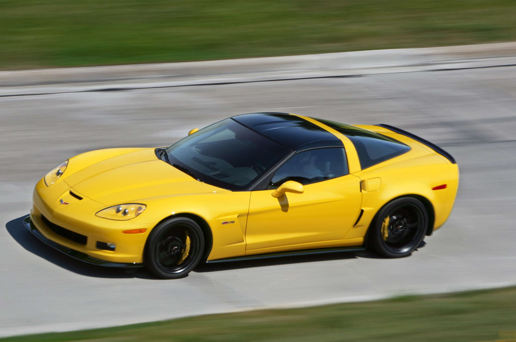 chevrolet builds last c6 corvette. Black Bedroom Furniture Sets. Home Design Ideas