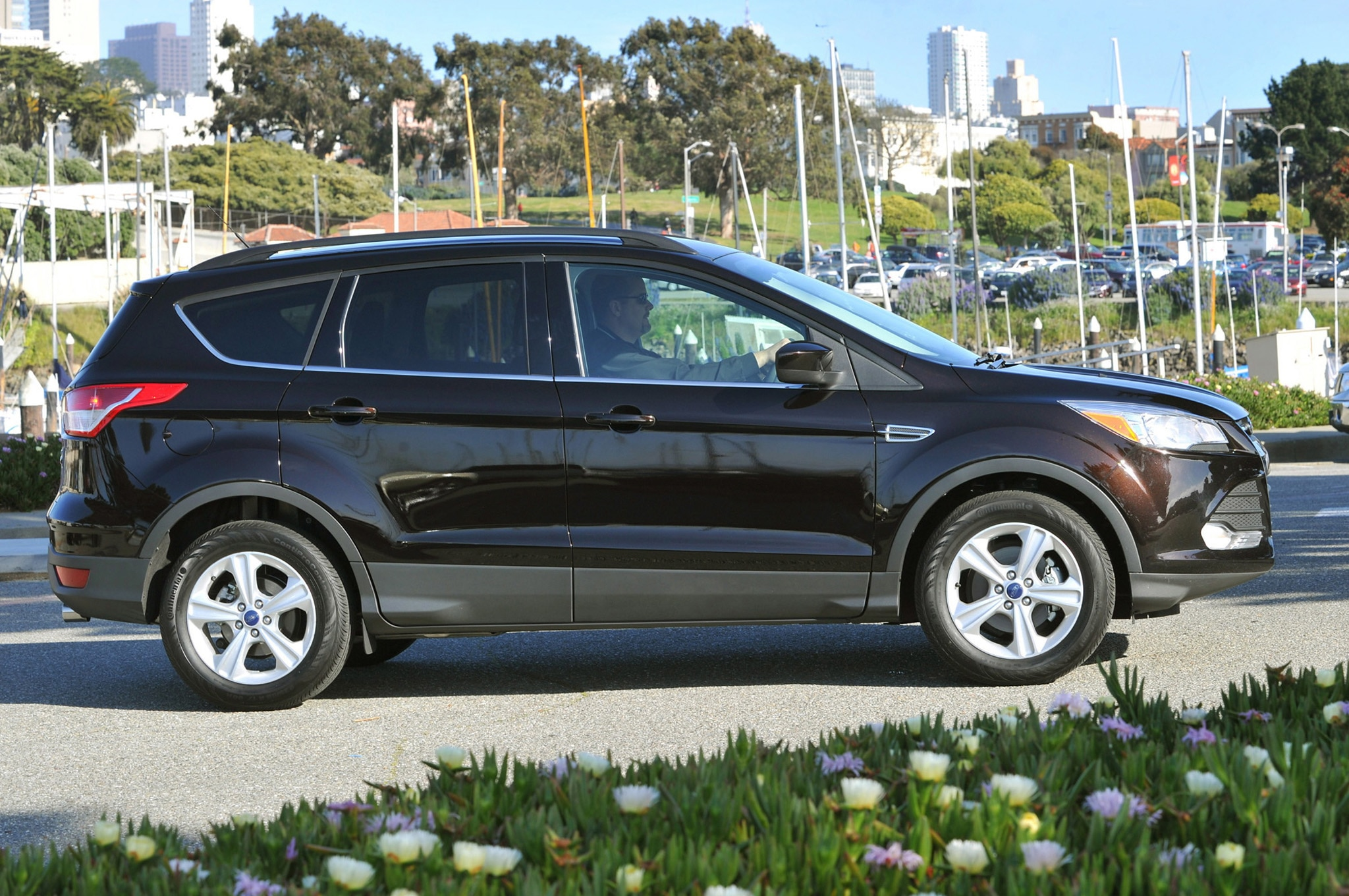 recall roundup 2013 ford escape ecoboost engine may leak coolant starting fire. Black Bedroom Furniture Sets. Home Design Ideas
