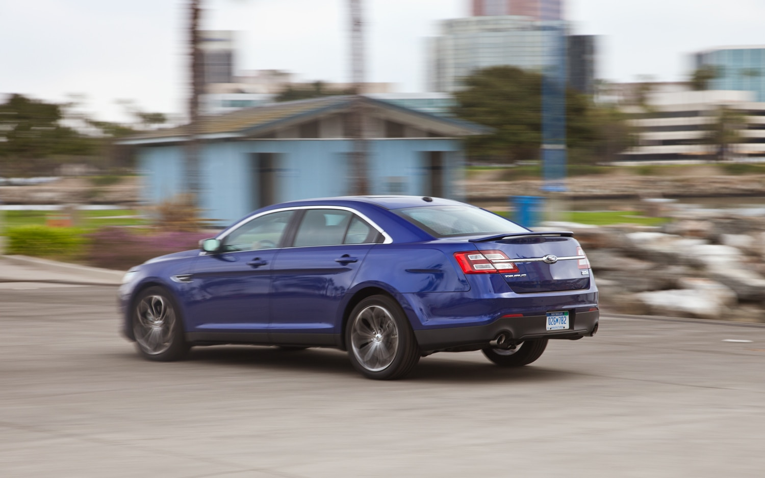 first drive 2013 ford taurus sho performance package automobile. Black Bedroom Furniture Sets. Home Design Ideas