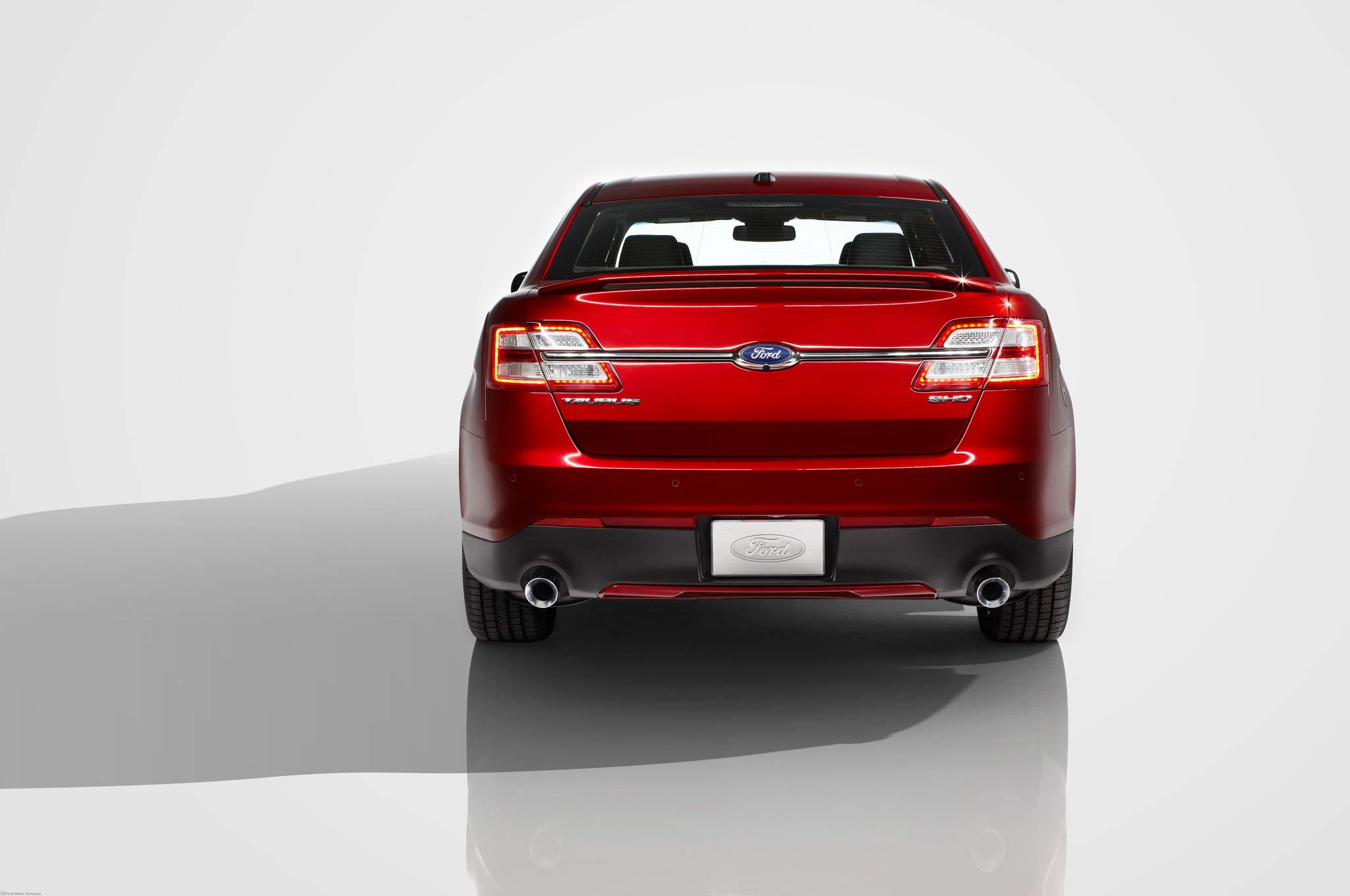 first drive 2013 ford taurus sho performance package. Black Bedroom Furniture Sets. Home Design Ideas