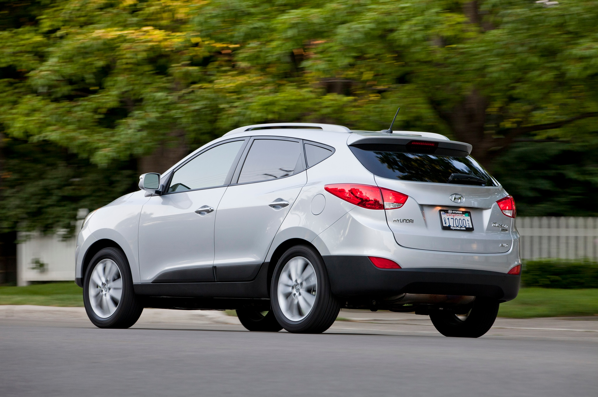 2014 hyundai tucson adds direct injection engines more equipment. Black Bedroom Furniture Sets. Home Design Ideas