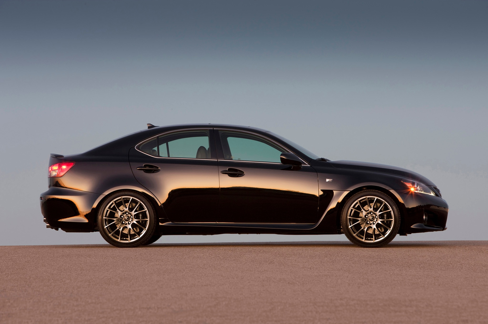 2015 lexus is f coupe spied. Black Bedroom Furniture Sets. Home Design Ideas
