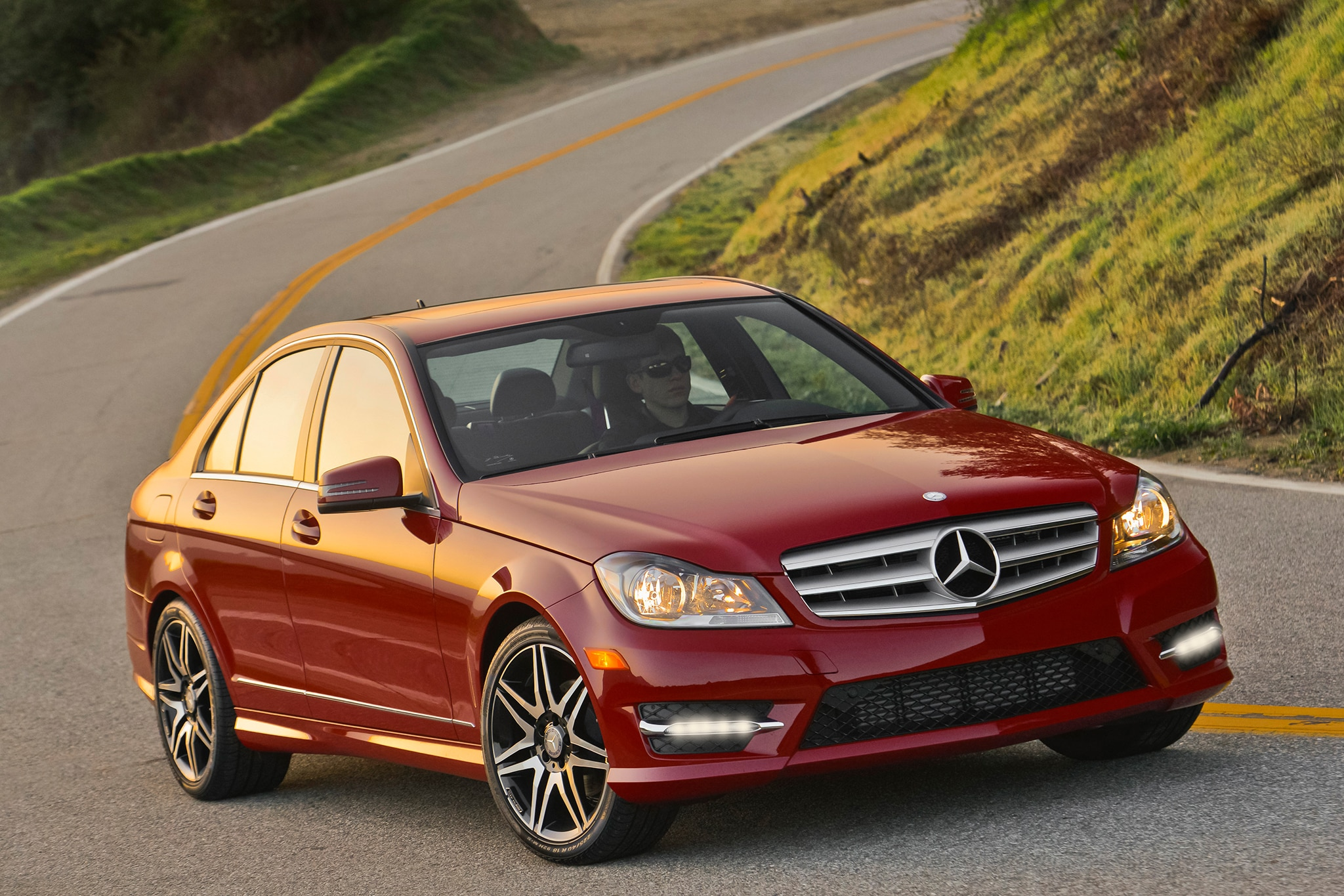 Mercedes benz reveals new 2013 c class sport package with for 2013 mercedes benz c250 sport