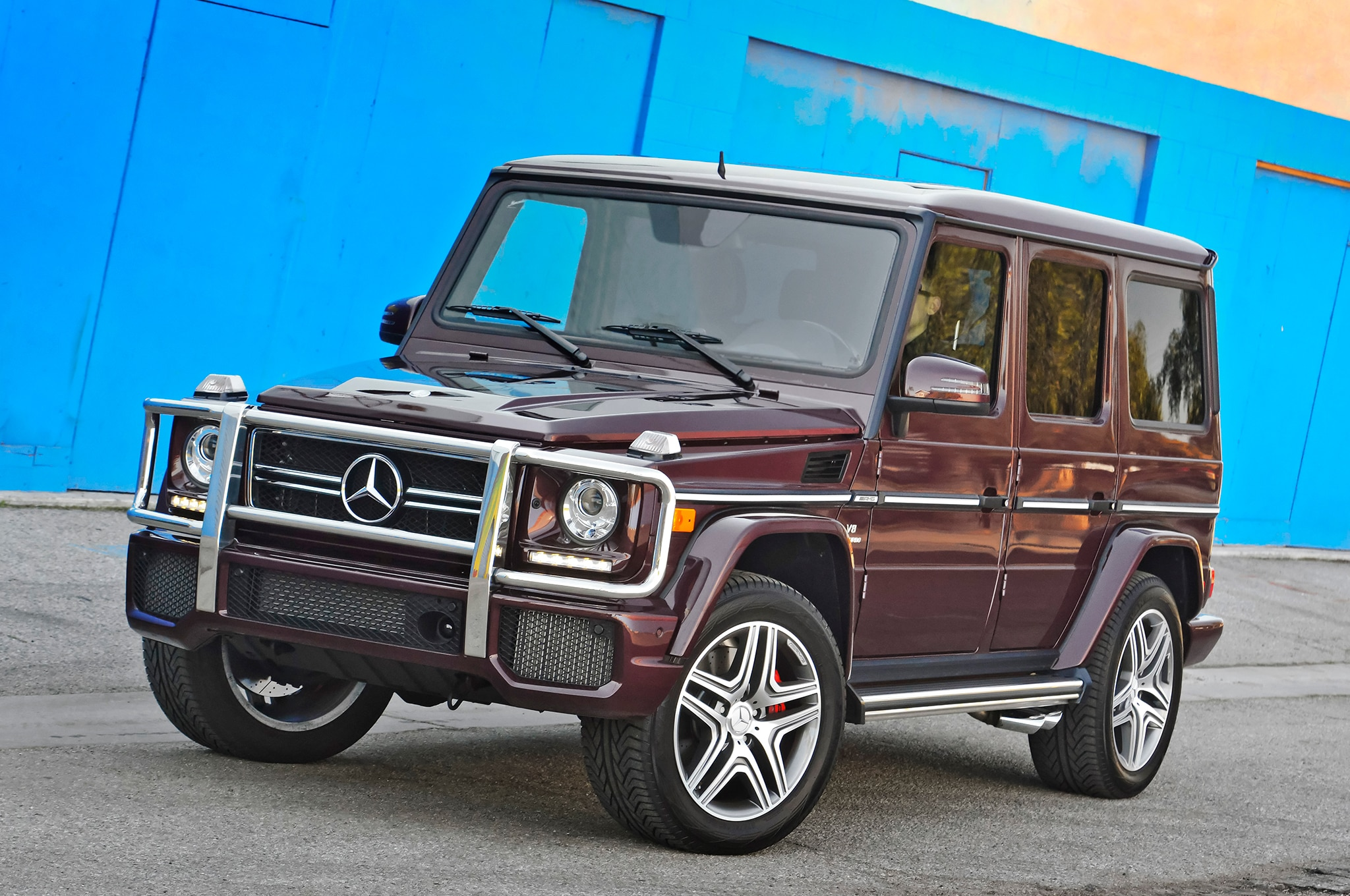 Brabus tunes mercedes benz g63 amg for dubai police for Mercedes benz g 63