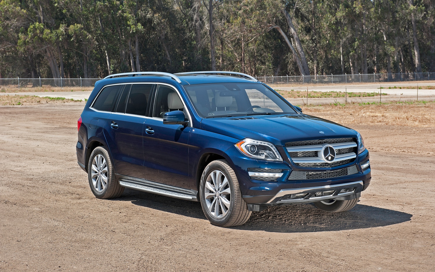 first drive 2013 mercedes benz gl class automobile magazine. Black Bedroom Furniture Sets. Home Design Ideas