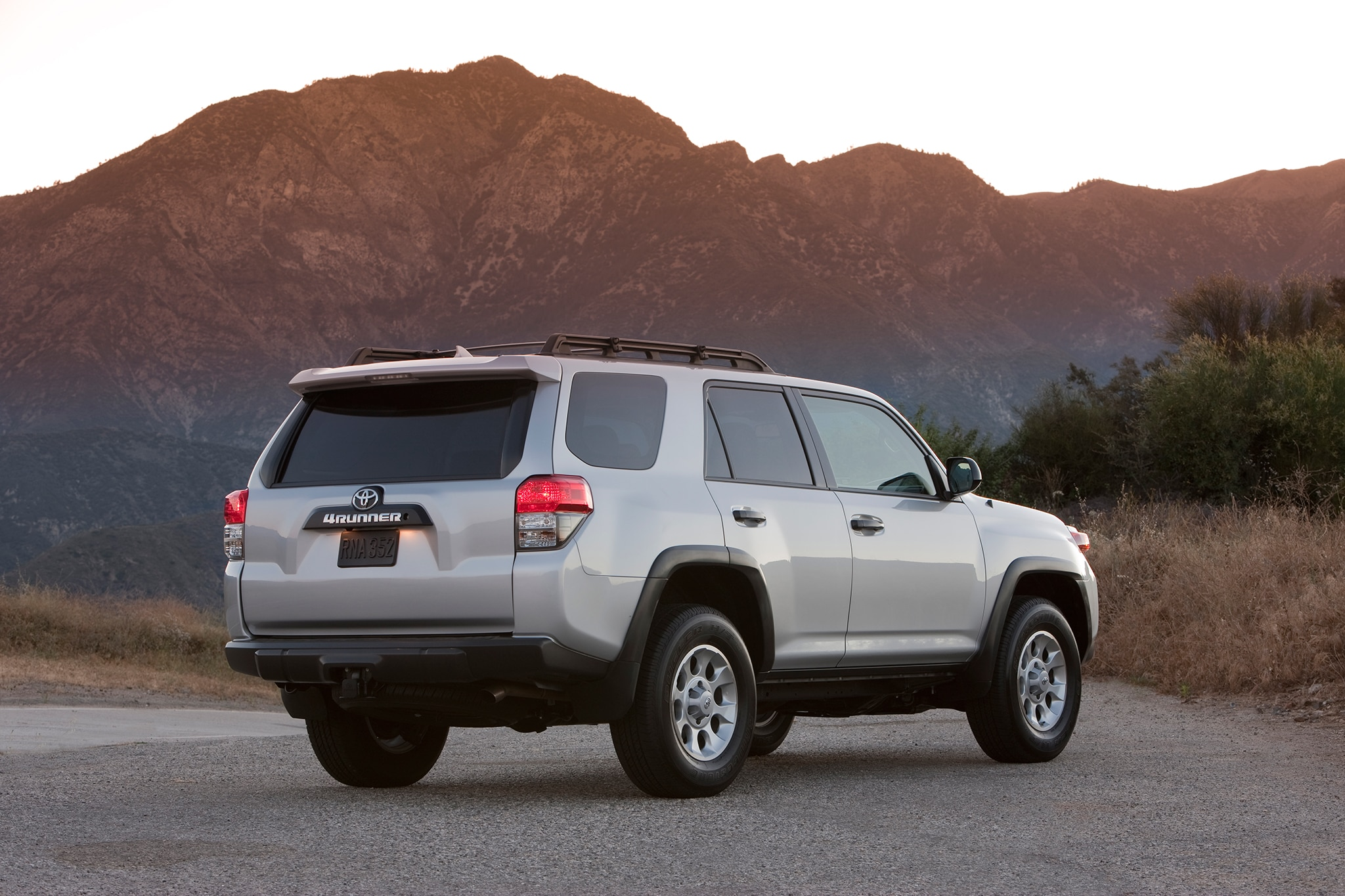 toyota teases 2014 4runner facelift before reveal. Black Bedroom Furniture Sets. Home Design Ideas