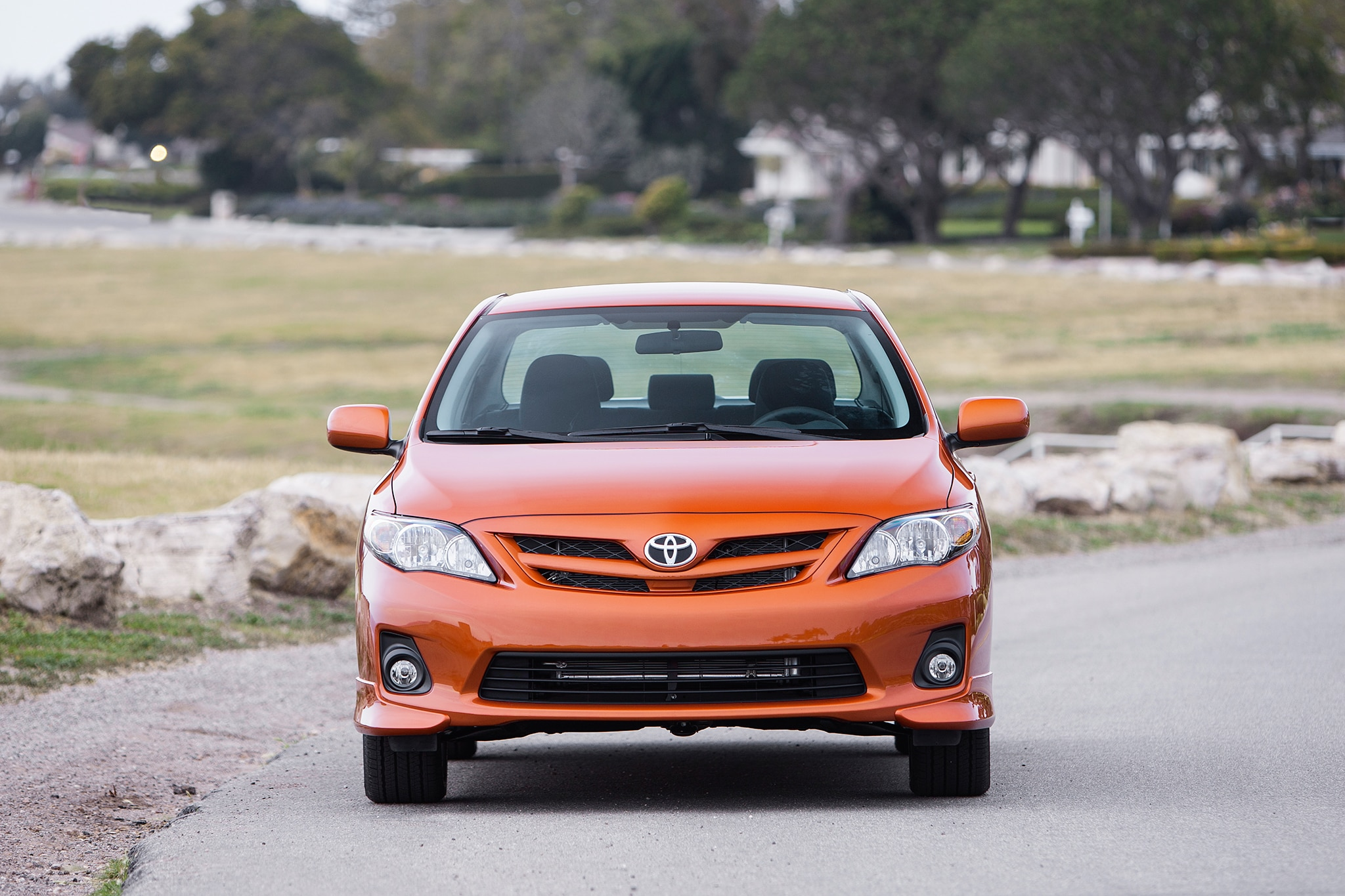 2014 toyota corolla versus rivals by the numbers. Black Bedroom Furniture Sets. Home Design Ideas