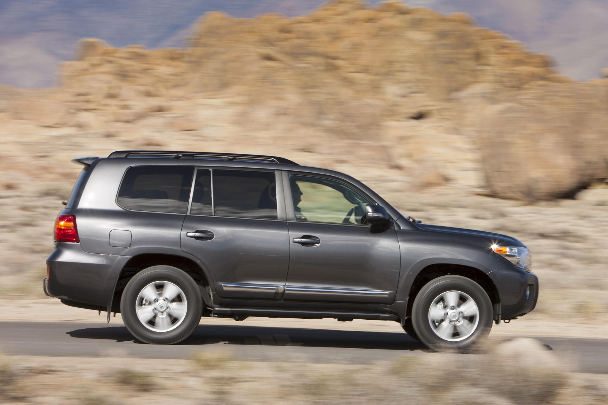 2013 Toyota Land Cruiser First Look