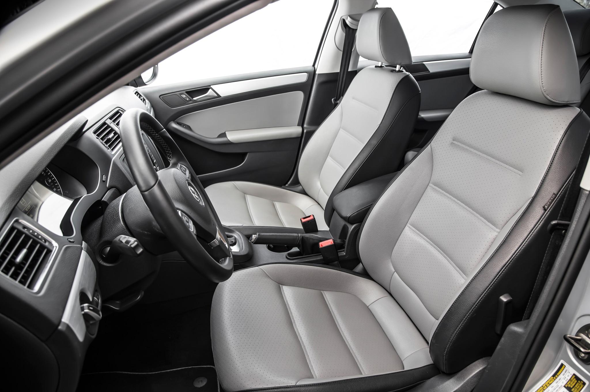 2013 volkswagen jetta hybrid pricing starts at 25 790. Black Bedroom Furniture Sets. Home Design Ideas